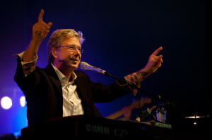 Don Moen- Profile, Songs and Lyrics